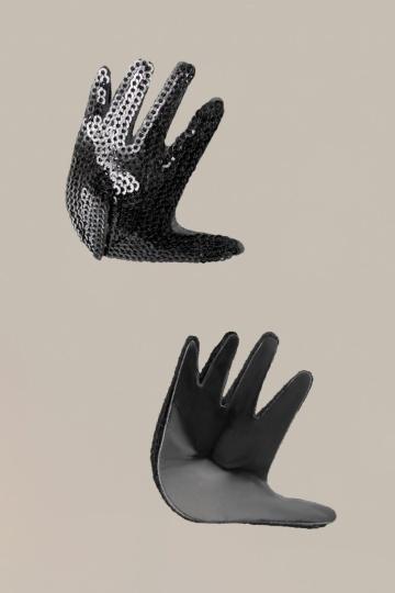 Чёрные пэстисы Hands в форме ладошек с пайетками